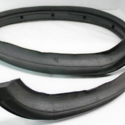 WINDSHIELD COWL GASKET PI