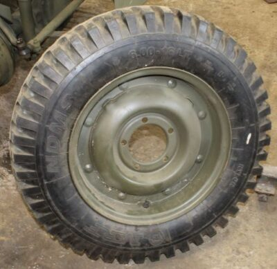 REPRODUCTION COMBAT WHEEL WITH TIRE